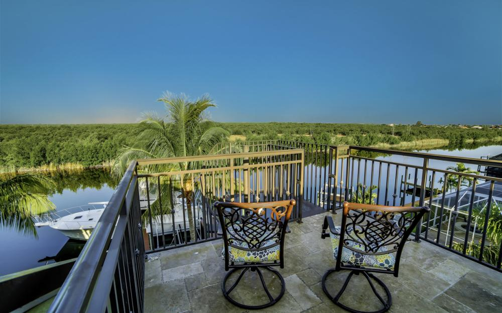 4416 SW 28th Pl, Cape Coral - Luxury Gulf Acess Home For Sale 1228797886
