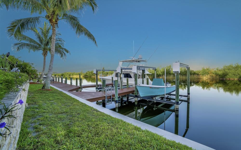4416 SW 28th Pl, Cape Coral - Luxury Gulf Acess Home For Sale 748055257