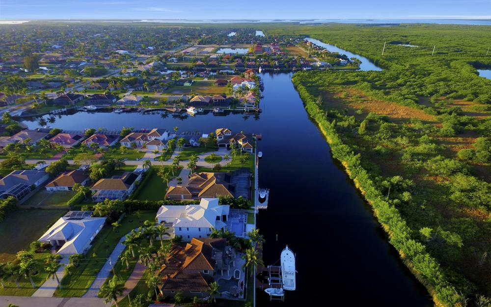 4416 SW 28th Pl, Cape Coral - Luxury Gulf Acess Home For Sale 1717027153
