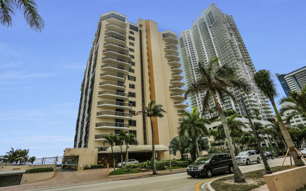 6423 Collins Ave #1005, Miami Beach - Luxury Condo For Sale 1055312917
