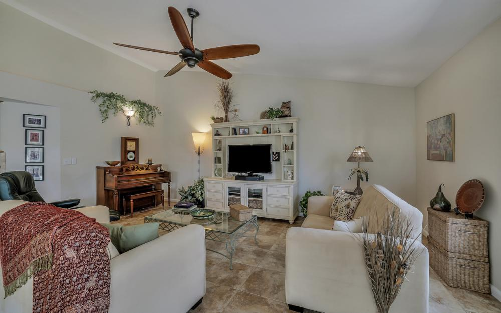1927 SE 35th St, Cape Coral - Home For Sale 1117186578