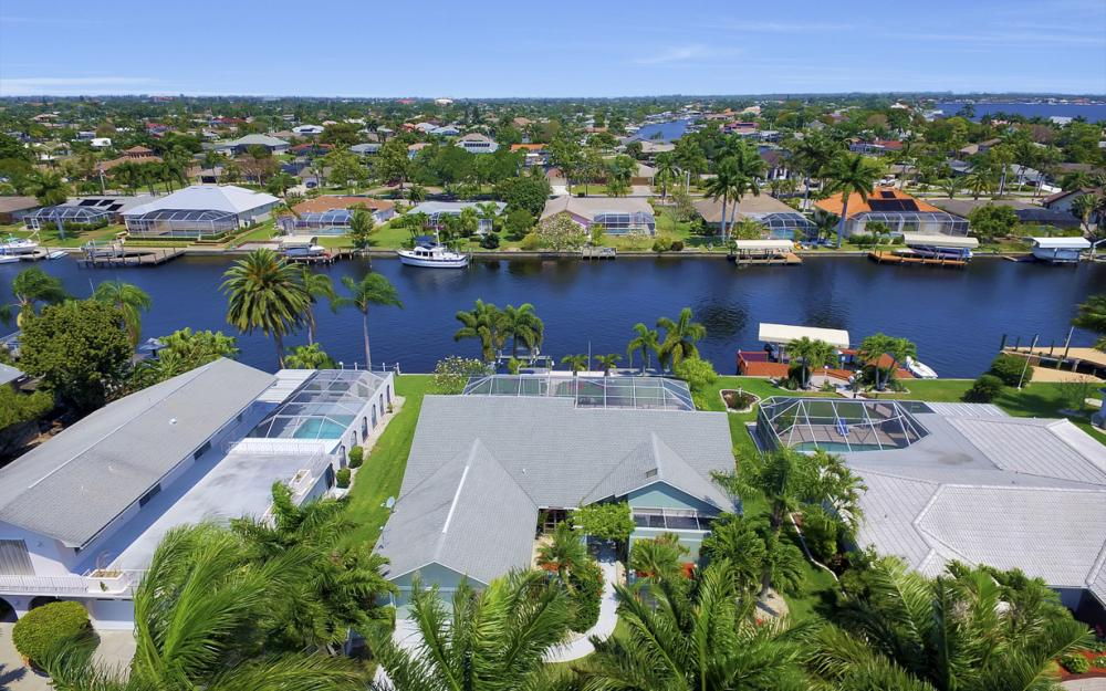 1927 SE 35th St, Cape Coral - Home For Sale 1393313119