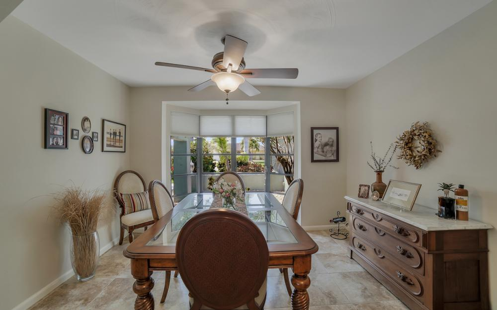 1927 SE 35th St, Cape Coral - Home For Sale 463581756