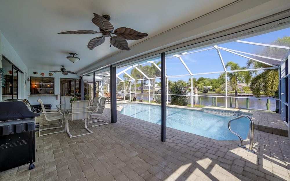 1927 SE 35th St, Cape Coral - Home For Sale 1577513100