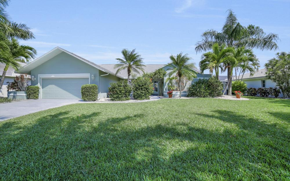 1927 SE 35th St, Cape Coral - Home For Sale 2056363914