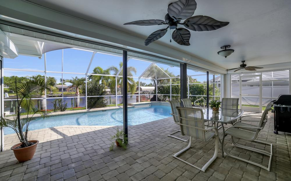 1927 SE 35th St, Cape Coral - Home For Sale 1872863475