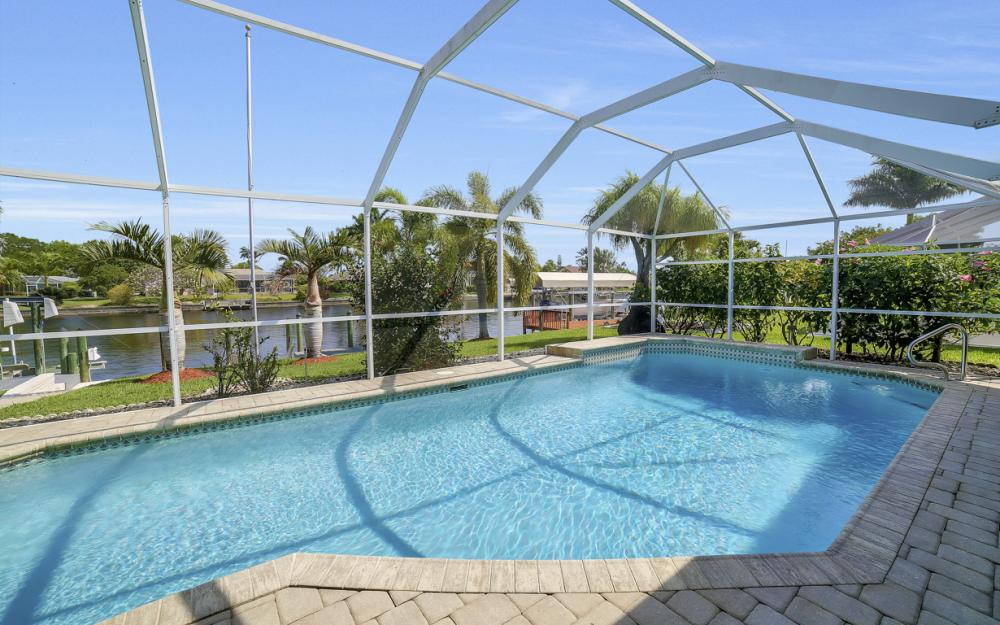 1927 SE 35th St, Cape Coral - Home For Sale 2033843101