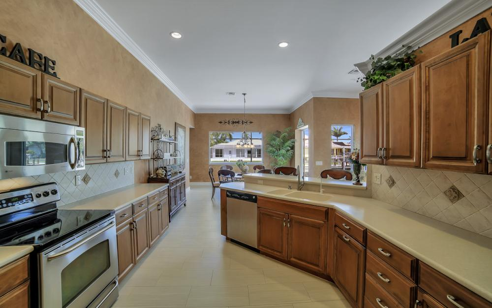 477 Driftwood Ct, Marco Island - Home For Sale 2008625860