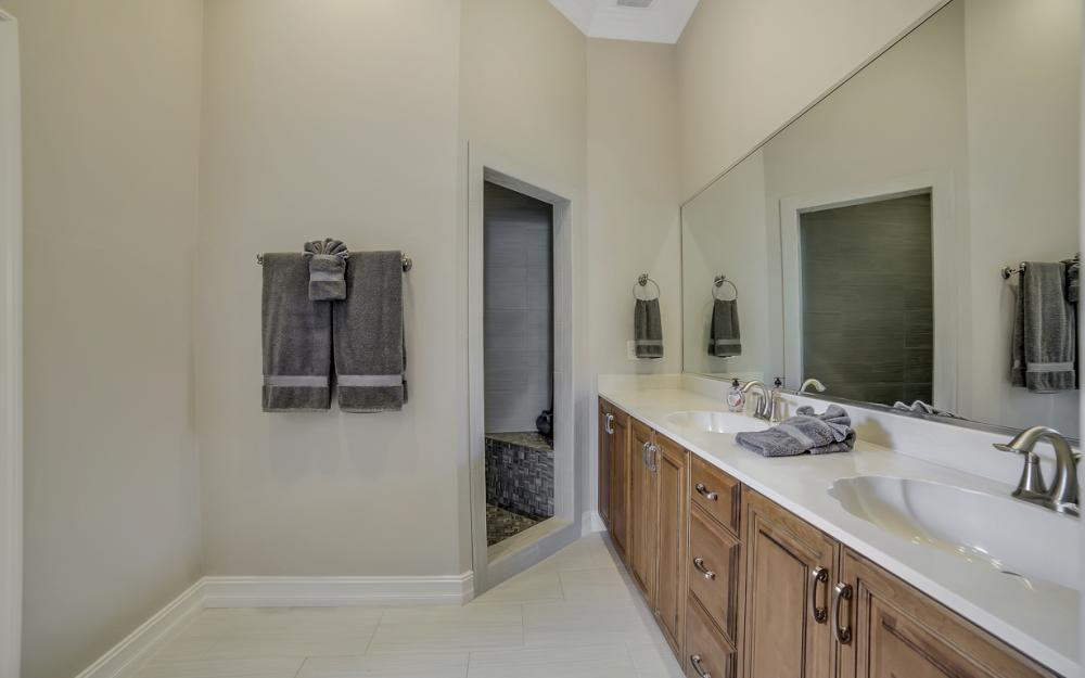 477 Driftwood Ct, Marco Island - Home For Sale 129161766