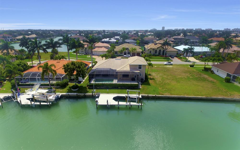 477 Driftwood Ct, Marco Island - Home For Sale 81805665