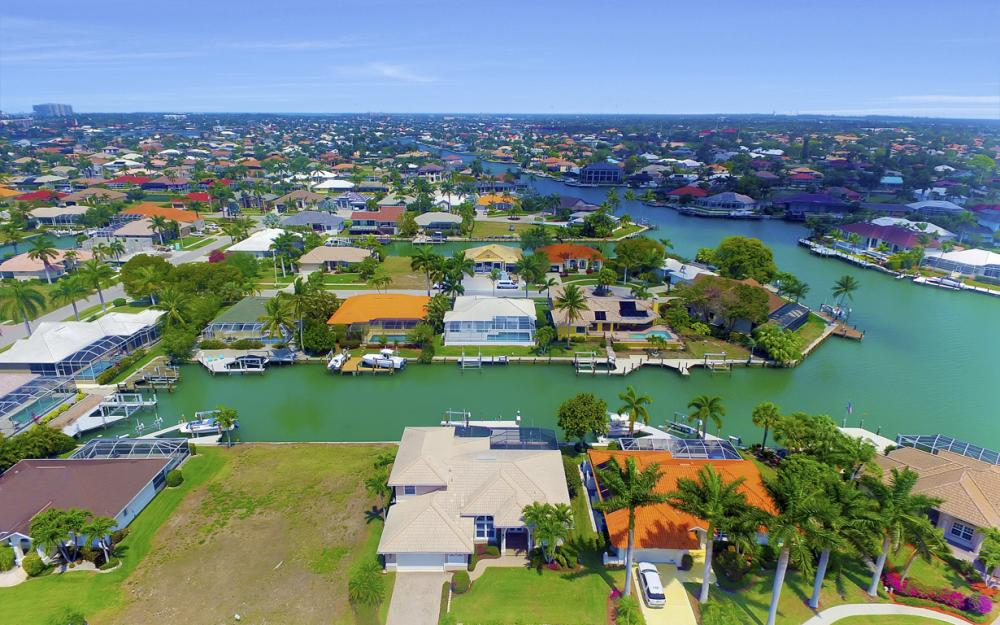 477 Driftwood Ct, Marco Island - Home For Sale 1645100527