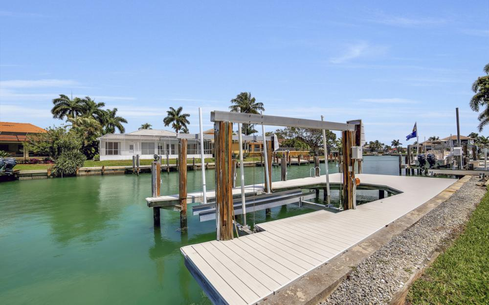 477 Driftwood Ct, Marco Island - Home For Sale 683739609