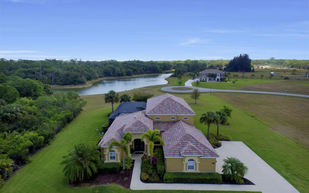 13970 Binghampton Dr, Fort Myers - Home For Sale 1393153072