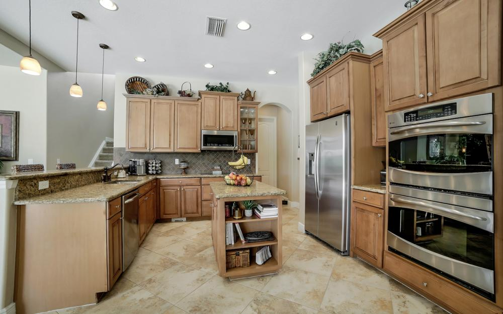 13970 Binghampton Dr, Fort Myers - Home For Sale 1181157961