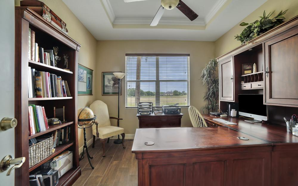 13970 Binghampton Dr, Fort Myers - Home For Sale 1842149215
