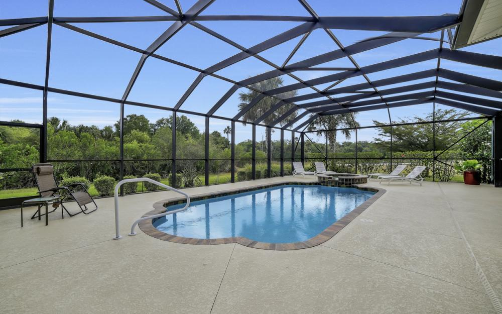 13970 Binghampton Dr, Fort Myers - Home For Sale 2139221456