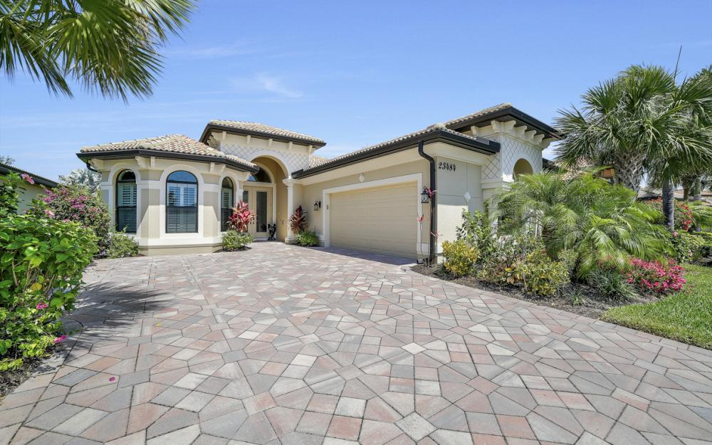23484 Sanabria Loop, Bonita Springs - Home For Sale 2062327568