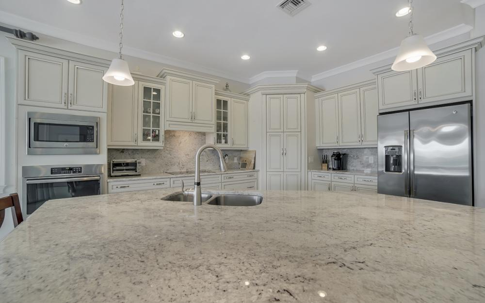 5146 Andros Dr, Naples - Home For Sale 215648785