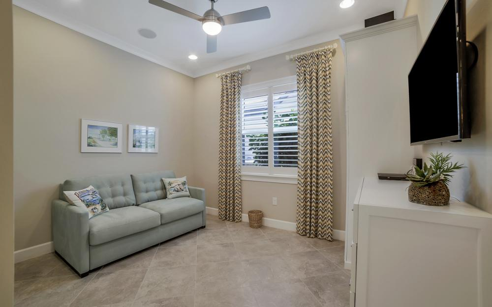 5146 Andros Dr, Naples - Home For Sale 625481351