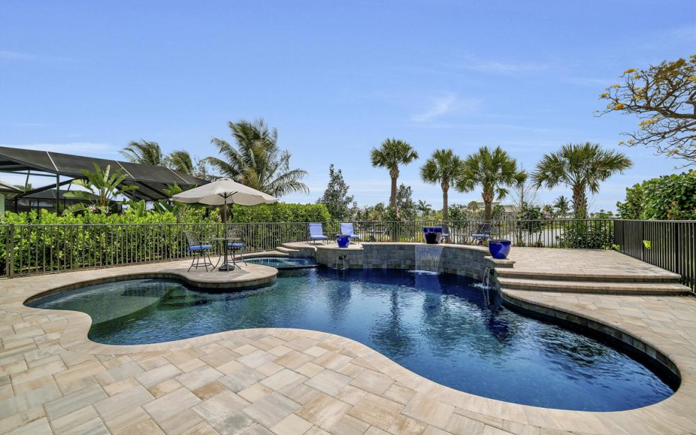 5146 Andros Dr, Naples - Home For Sale 943535635