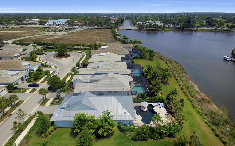 5146 Andros Dr, Naples - Home For Sale 147639488