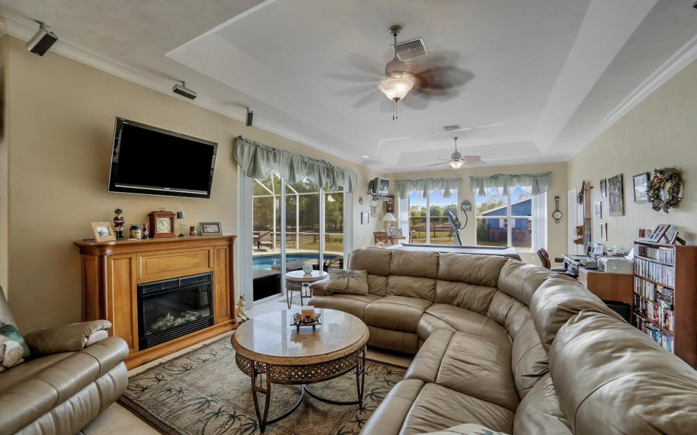 18970 Nalle Rd, North Fort Myers - Home For Sale 2110685308
