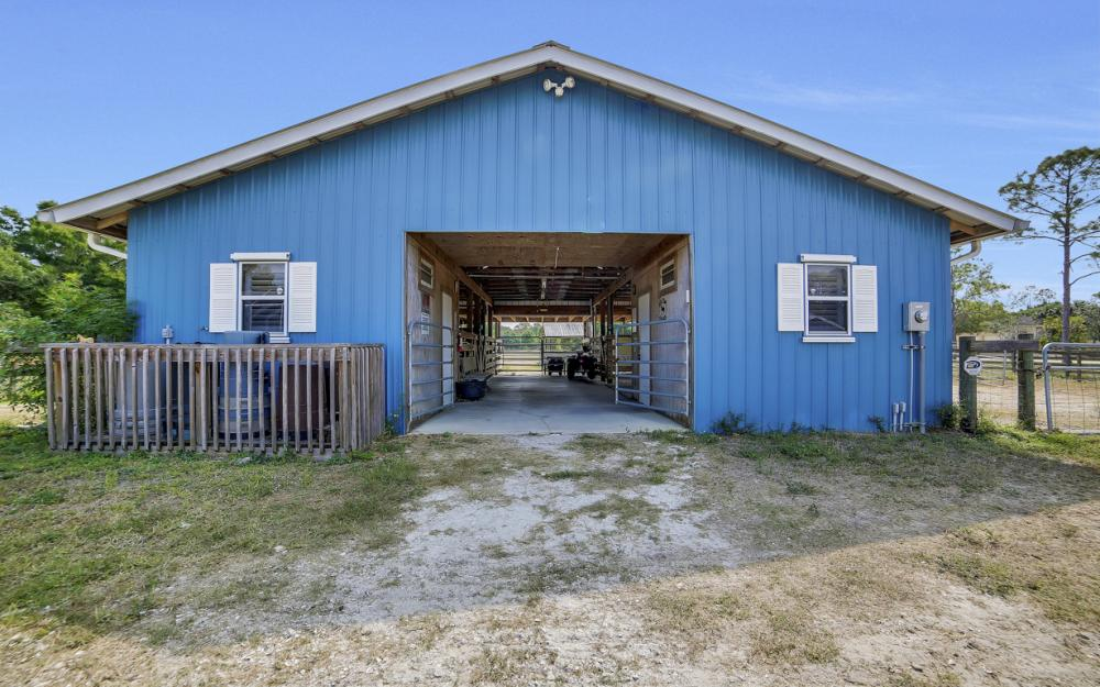 18970 Nalle Rd, North Fort Myers - Home For Sale 731093535