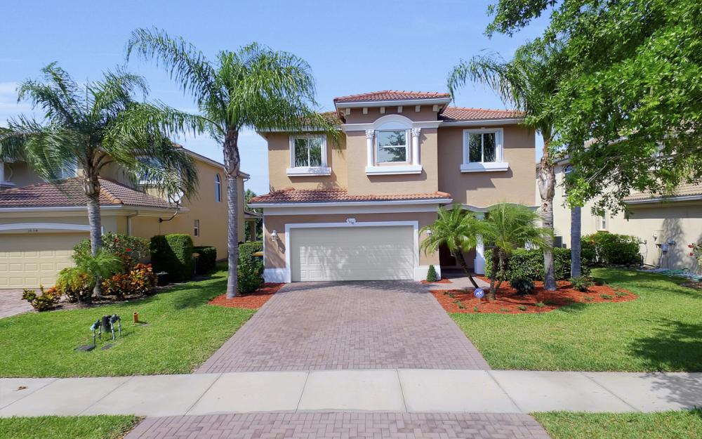 1658 Birdie Dr, Naples - Home For Sale 1285131382