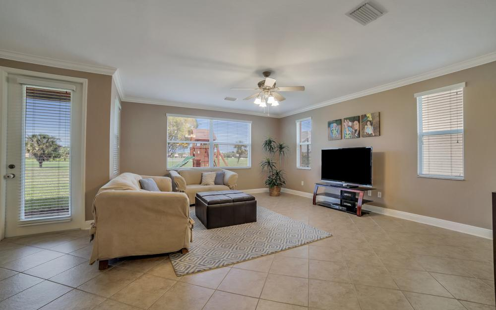 1658 Birdie Dr, Naples - Home For Sale 665765931