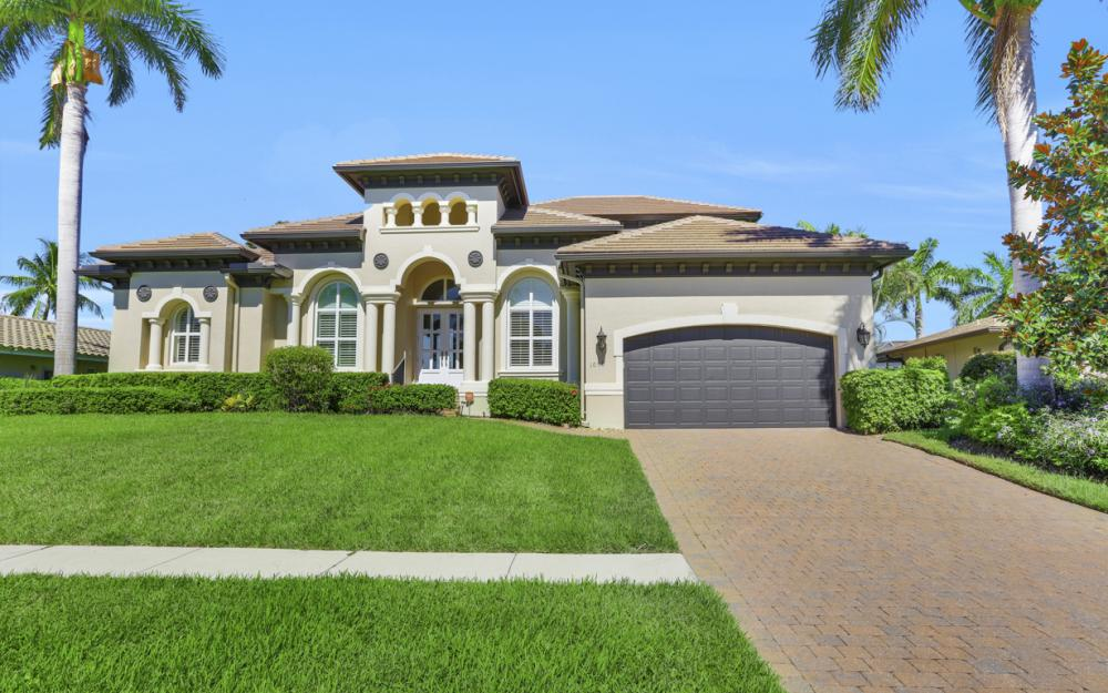 1056 Fieldstone Dr, Marco Island - House For Sale 1571521061