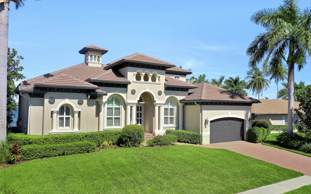 1056 Fieldstone Dr, Marco Island - House For Sale 1742839593