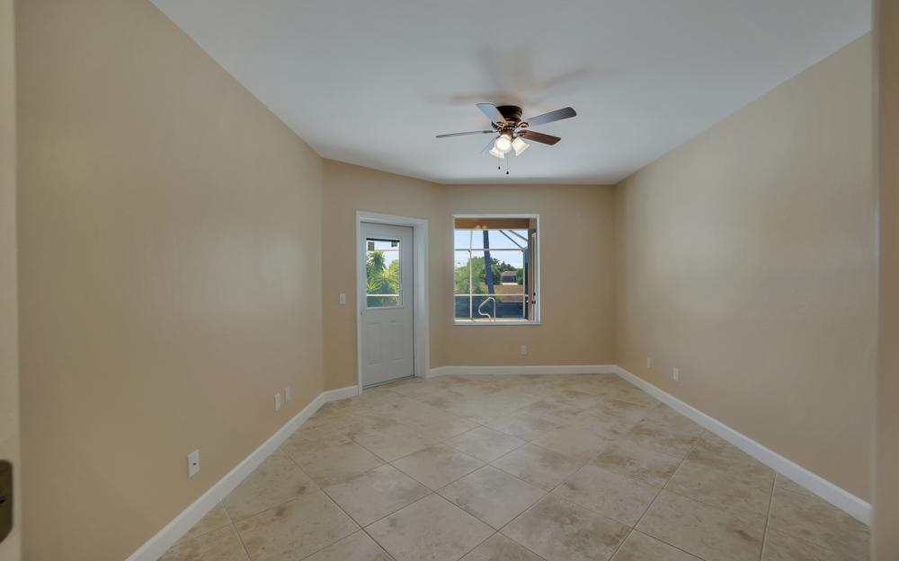 1330 SE 12th Terrace, Cape Coral - Home For Sale 856347957