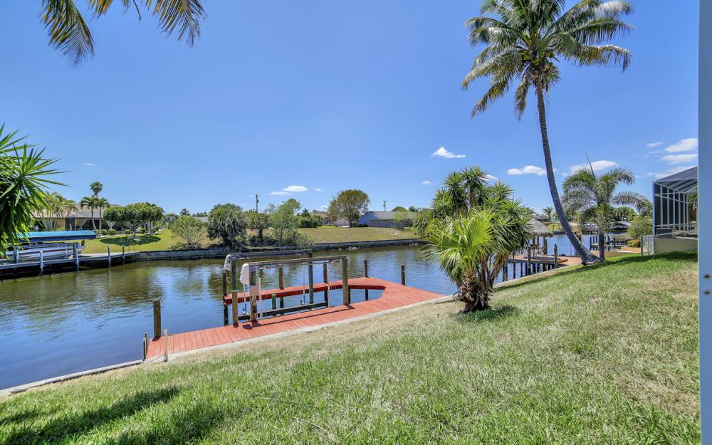1330 SE 12th Terrace, Cape Coral - Home For Sale 1797564440