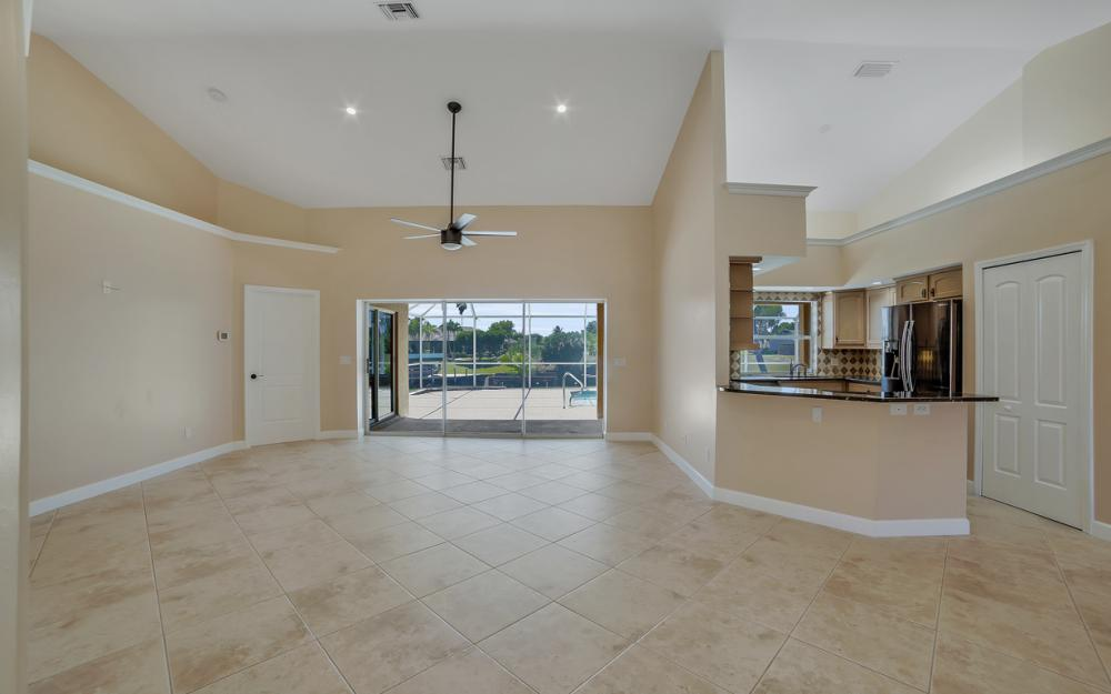 1330 SE 12th Terrace, Cape Coral - Home For Sale 331307550