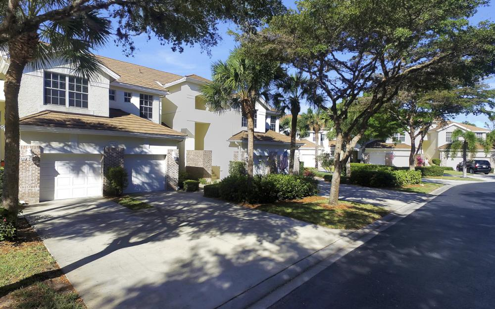 25050 Cypress Hollow Ct Apt 103, Bonita Springs - Home For Sale 115698052