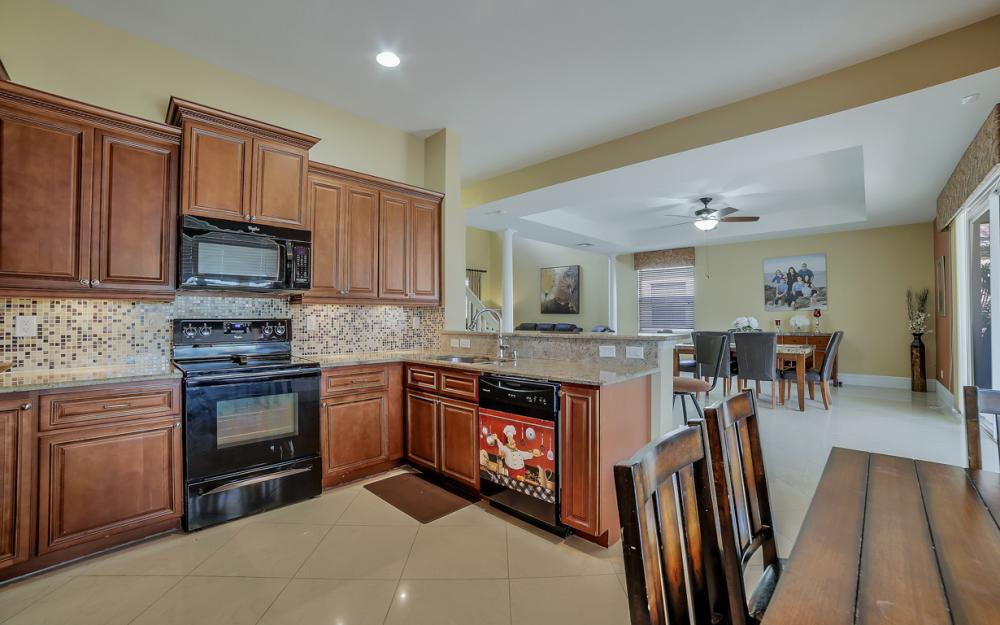 2504 Keystone Lake Dr, Cape Coral - Home For Sale 1670343632