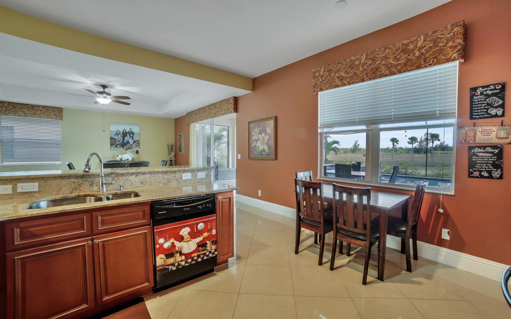2504 Keystone Lake Dr, Cape Coral - Home For Sale 1107371458