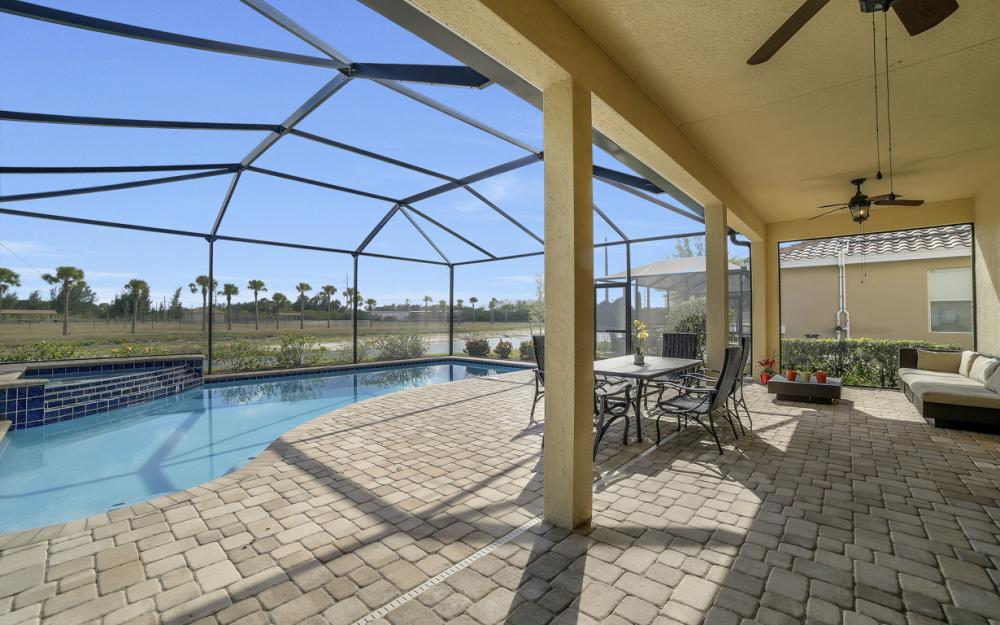 2504 Keystone Lake Dr, Cape Coral - Home For Sale 593389711