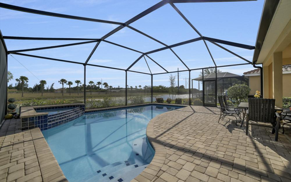 2504 Keystone Lake Dr, Cape Coral - Home For Sale 237914838