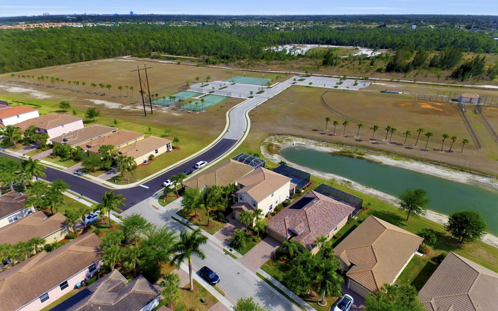 2504 Keystone Lake Dr, Cape Coral - Home For Sale 861942562