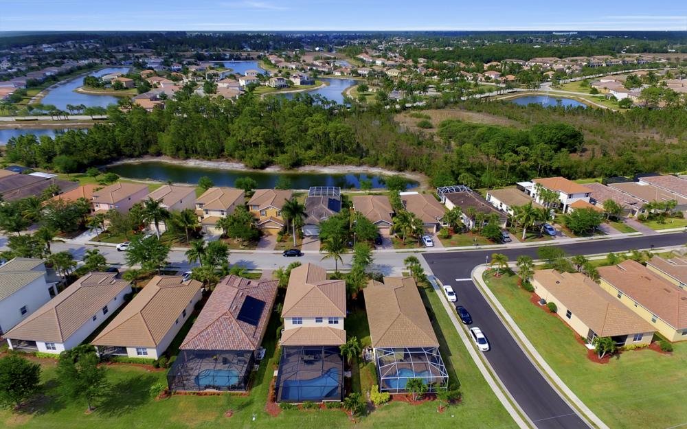 2504 Keystone Lake Dr, Cape Coral - Home For Sale 1867258110