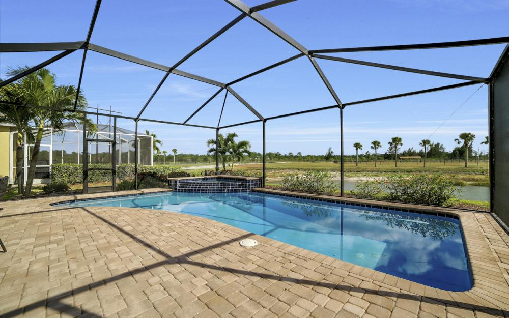 2504 Keystone Lake Dr, Cape Coral - Home For Sale 800011455