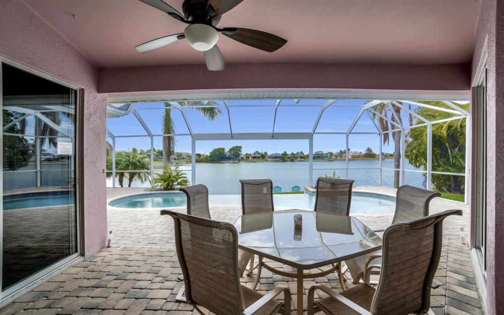 1108 Hancock Bridge Pkwy, Cape Coral - Home For Sale 1362329949