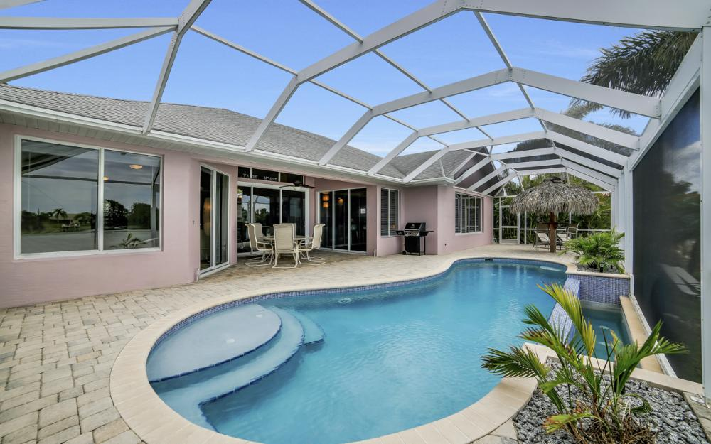 1108 Hancock Bridge Pkwy, Cape Coral - Home For Sale 969989850