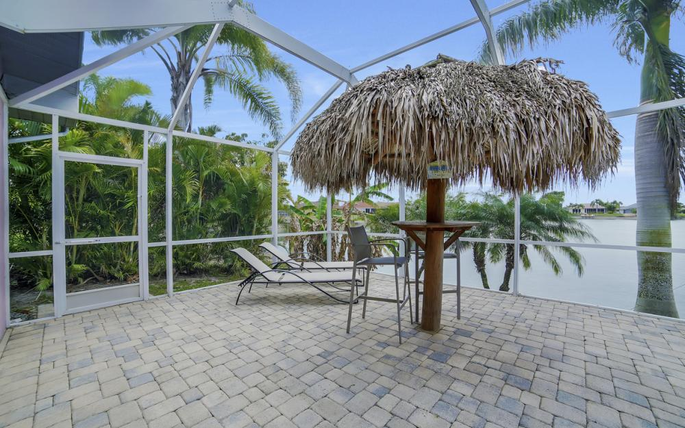1108 Hancock Bridge Pkwy, Cape Coral - Home For Sale 565115