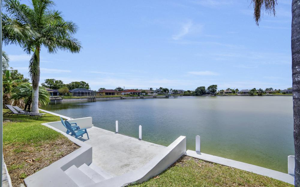 1108 Hancock Bridge Pkwy, Cape Coral - Home For Sale 1764129920