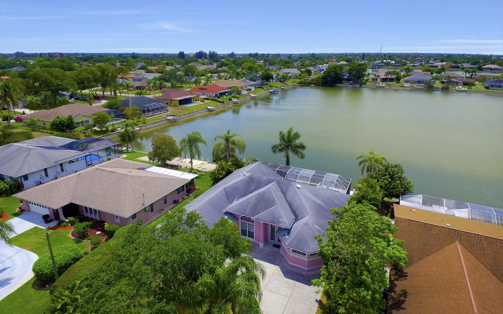 1108 Hancock Bridge Pkwy, Cape Coral - Home For Sale 1317387526