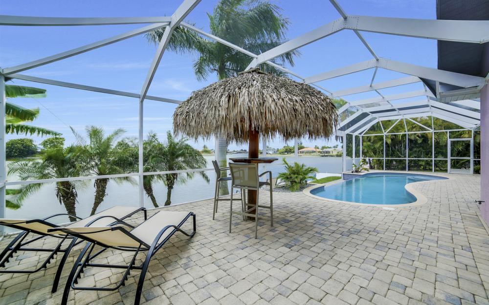 1108 Hancock Bridge Pkwy, Cape Coral - Home For Sale 698738613