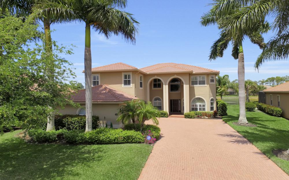 13256 Lazzaro Ct, Estero - Home For Sale 2076745709