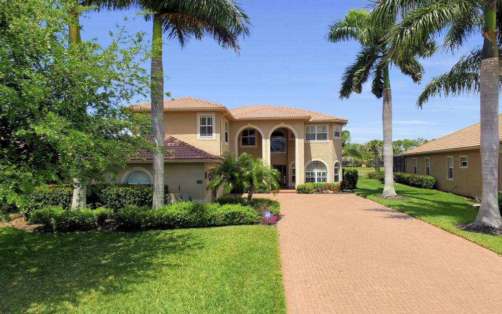 13256 Lazzaro Ct, Estero - Home For Sale 541936112